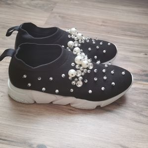 Super Cute Made in Italy shoes with pearls